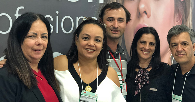 Hair Brasil - Marizilda Santos Lima (Hair Brasil), Cláudia Figueiredo (Fábrica Eventos), Ademir Antônio Fernandes (organizador Brotas e região), Silvana Souza (Hair Brasil), Rogério Sanches (organizador Praia Grande)